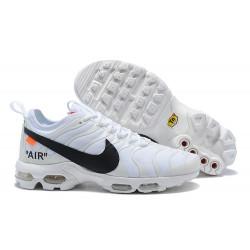 Scarpe da Sportive Nike Air Max Plus TN - Bianco Nero
