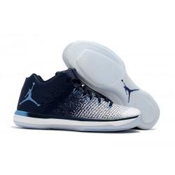 Nike Air Jordan XXXI Bassa Scarpa da Basket - Bianco Blu