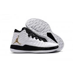 Nike Jordan Melo M13 Carmelo Anthony Scarpe da Basket - Bianco Nero Oro