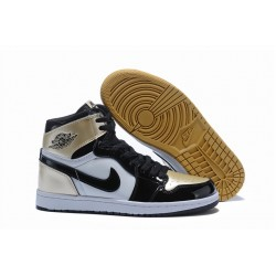 Nike Air Jordan1 Scarpe da Basket Uomo Bianco Oro Nero