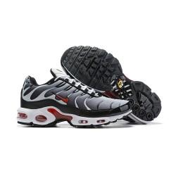 Nike Air Max Plus QS Sneakers Basse da Uomo - Bianco Nero Rosso